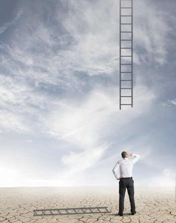 2 Greatest Challenges of Mid-Career CRE Brokers and How to Conquer Them